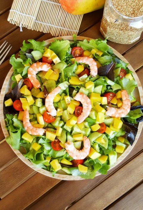 Salade de concombre mangues et tomates cerises