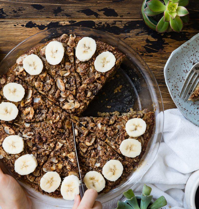 un gâteau à la banane